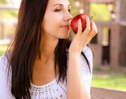 万病の薬!? りんごの驚くべき健康効果とは