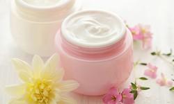 プルプル肌を作る「クリーム」の正しい使い方